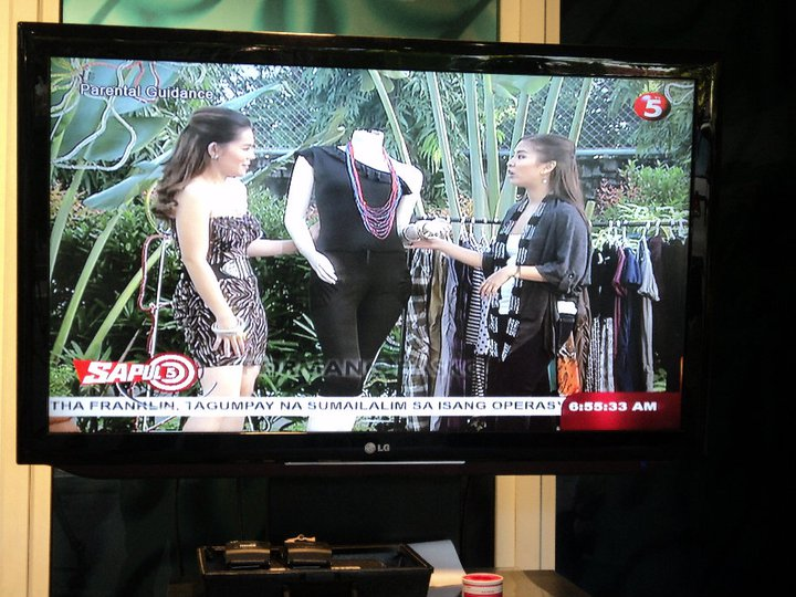 2 - TV 5 GUEST HOST MARYLAINE VIERNES