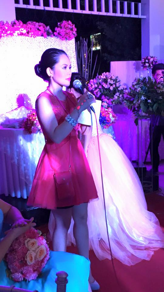 MARYLAINE VIERNES WEDDING HOST
