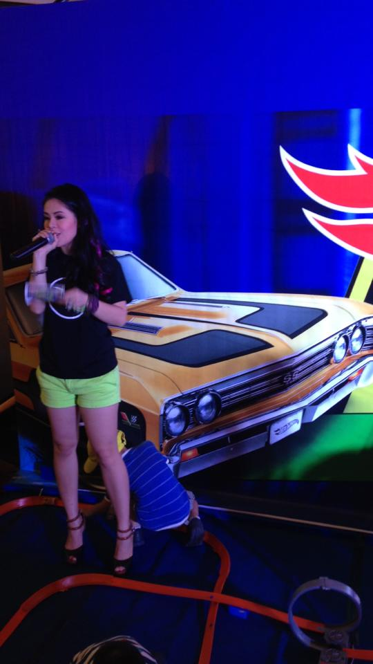 MS MARYLAINE VIERNES FOR HOT WHEELS