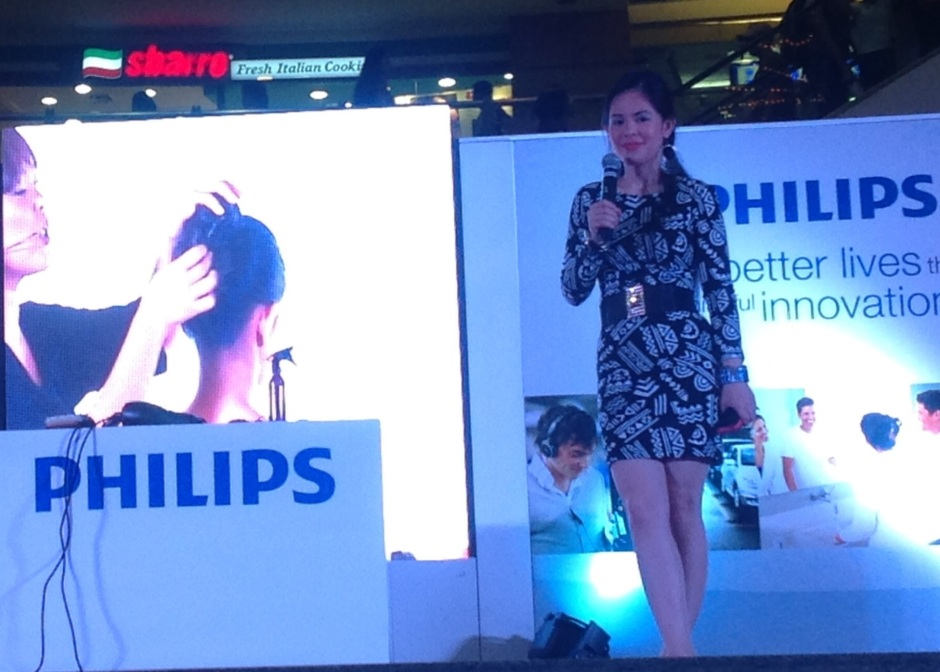 PHILIPS WITH MARYLAINE VIERNES