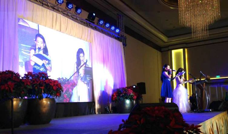 MARYLAINE VIERNES EMCEES FOR PRETTYLOOKS
