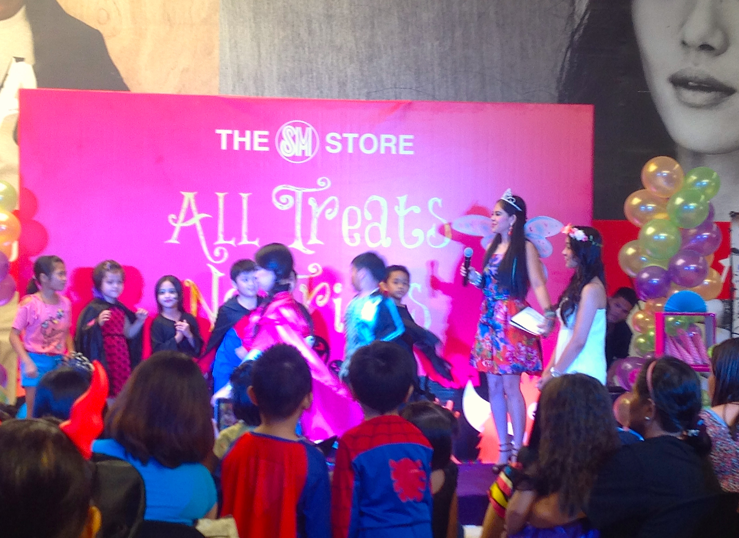 Marylaine Viernes emcees for SM Makati's No Tricks All Treats ...