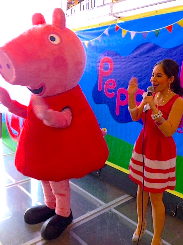 MARY WITH PEPPA PIG