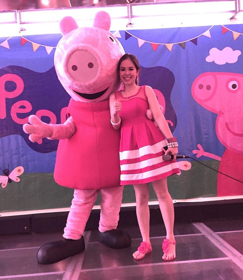 PEPPA PIG PHOTO OP