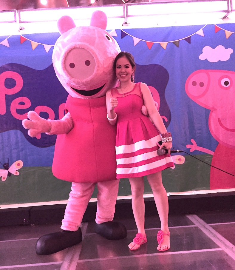 PEPPA PIG PHOTO OP