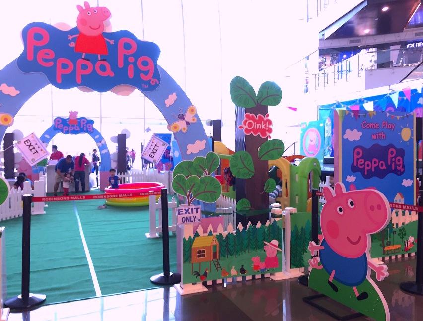PEPPA PIG PLAY AREA