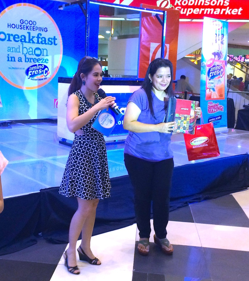 GH MARYLAINE VIERNES - WITH BLOGGER WINNER