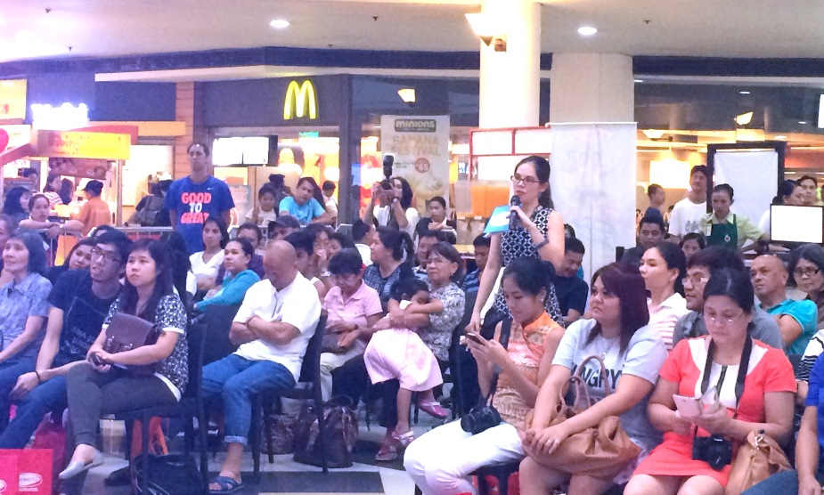 GOOD HOUSEKEEPING EVENT CROWD - MARYLAINE VIERNES