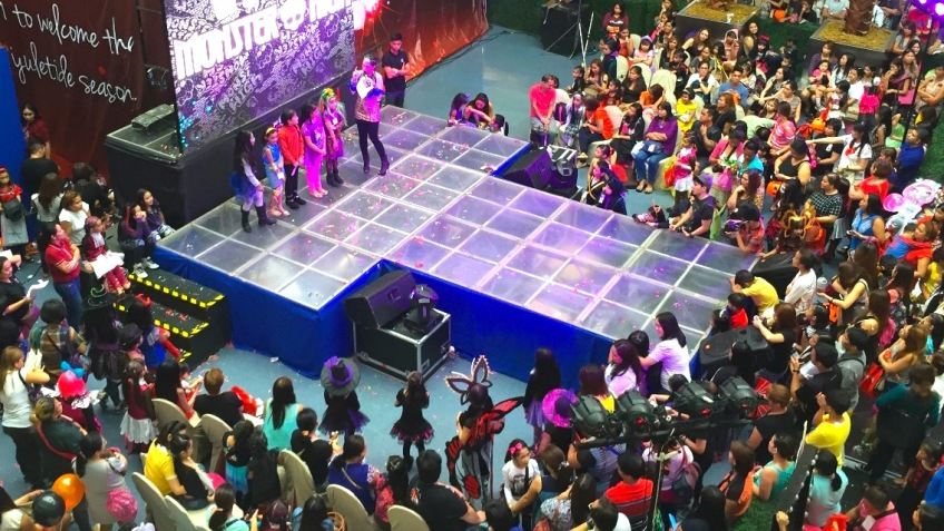 MARYLAINE LOUISE VIERNES EVENTS HOST FOR MONSTER HIGH