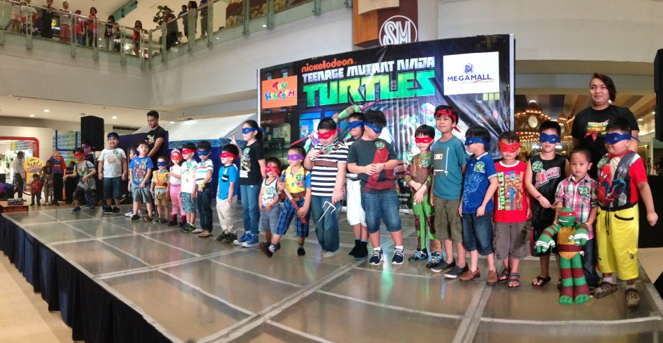 MARYLAINE.LOUISE VIERNES - NINJA TURTLES EVENT