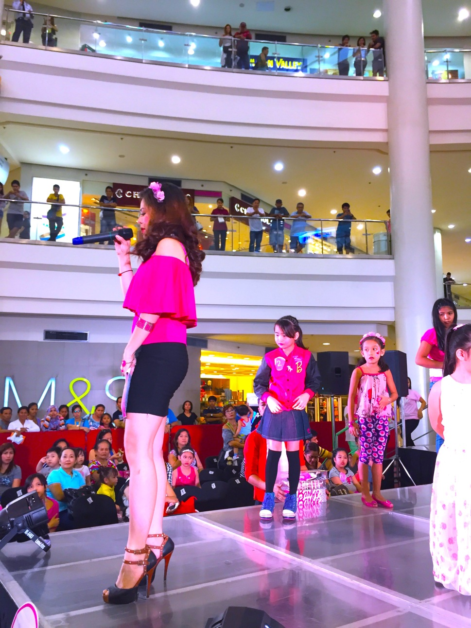 MARYLAINE VIERNES - BARBIE PINK PARTY EVENTS HOST