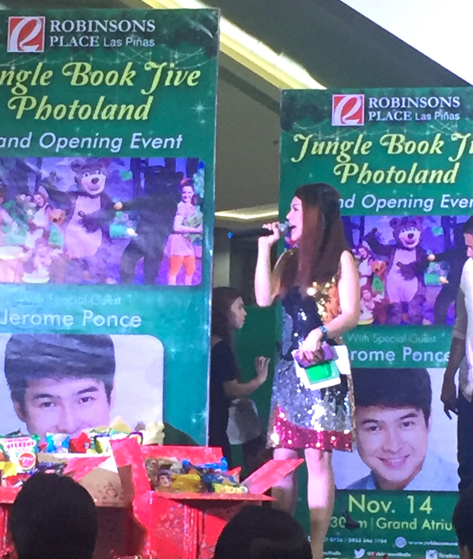 MARYLAINE LOUISE VIERNES - JUNGLE BOOK CHRISTMAS ROBINSONS MALLS
